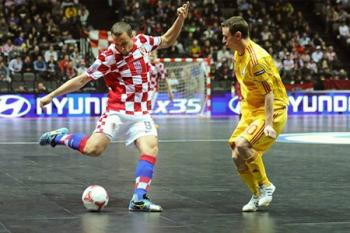 Začalo futsalové EURO, v naší skupině vyhráli domácí