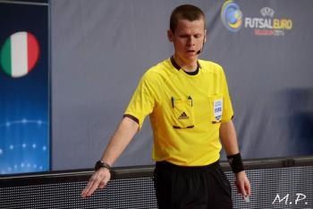 Rozhodčí Ondřej Černý v nominaci na Euro 2016!
