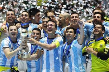 Titul pro mistry světa putuje do Argentiny