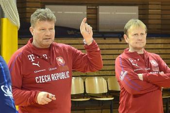 Co potkalo českou reprezentaci v pátek?